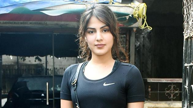 In her petition, Rhea Chakraborty said that Bihar Police have no jurisdiction in the case and that the actor's death was being used for political gains ahead of elections in the state.(HT PHOTO)