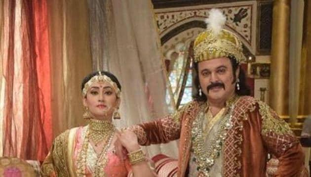Ali Asgar with his co-star Aditi Sajwan in a still from his TV show, Akbar Ka Bal Birbal.