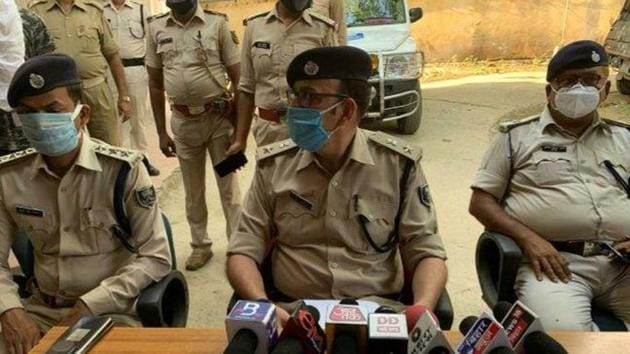 In her statement, the woman said all the accused were drunk and that they forced her to consume liquor. (Photo: @bihar_police)