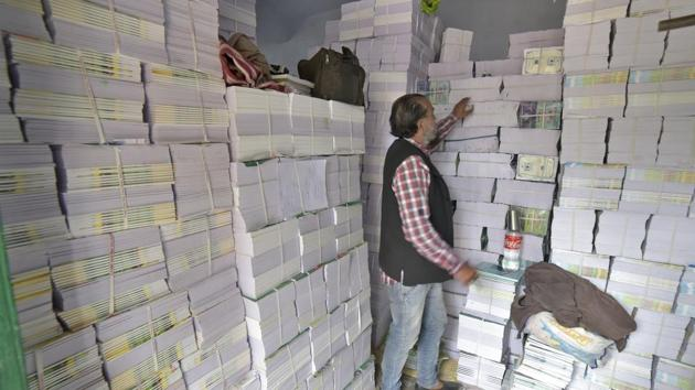 Approximately 900,000 books of NCERT were confiscated and printing machines.(HT Photo/Representative use)