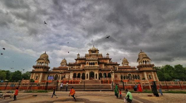 Monsoon clouds hover in the sky above the historic Albert Hall museum, in Jaipur.(PTI)