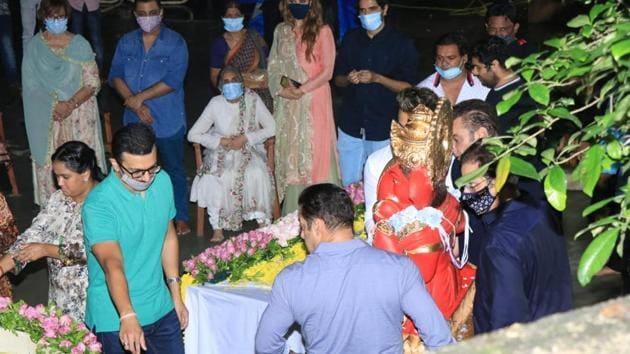 Salman Khan and family during Ganesh visarjan.