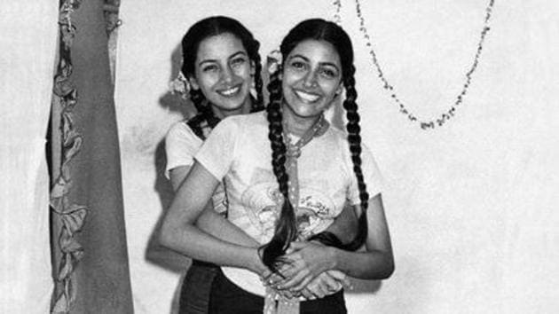 Shabana Azmi and Deepti Naval from the shoot of Hum Paanch in 1980.