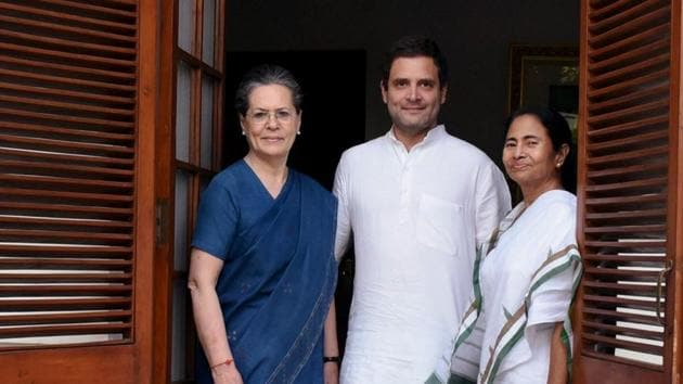 Bengal chief minister Mamata Banerjee and Congress president Sonia Gandhi have jointly convened a meeting of chief ministers of non-BJP ruled states on Wednesday to demand postponement of NEET, JEE.(PTI PHOTO.)