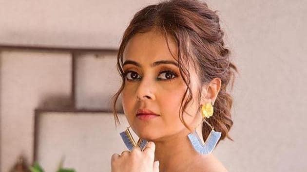 Actor Devoleena Bhattacharjee have been a part of TV shows such as Sawaare Sabke Sapne Preeto, Saath Nibhaana Saathiya and Bigg Boss 13.