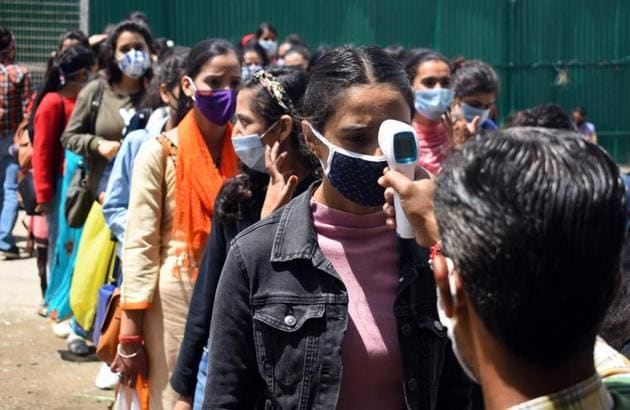 he National Testing Agency (NTA) is conducting the Joint Entrance Exam (JEE) Mains and the National Eligibility cum Entrance Test (NEET) from September 1 to 6 and on September 13, respectively, for admission to engineering and medical colleges.(HT file photo)