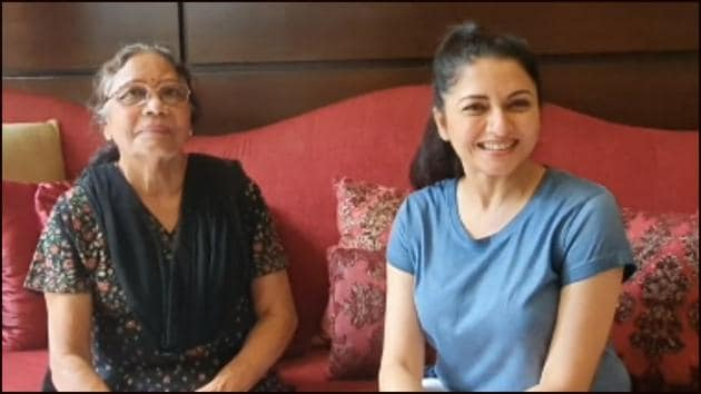Bhagyashree shares mother-in-law's magic kadha recipe amid flu season(Instagram/bhagyashree.online)