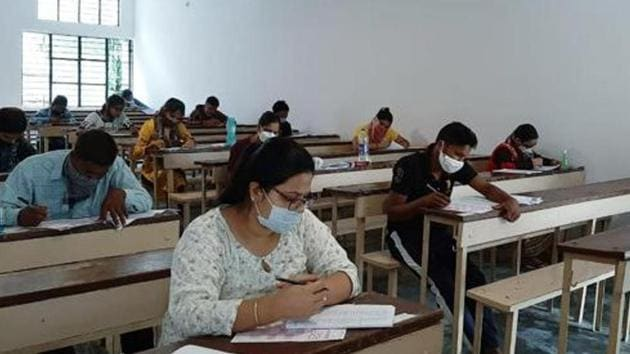 Narayan pointed out that the state government has drafted comprehensive preparations to start regular classes for students in accordance with the guidelines issued by the University Grants Commission (UGC).(ANI file photo. Representative image)
