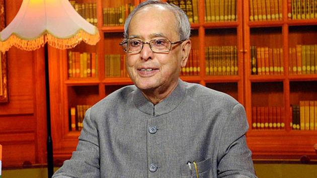 What made Pranab Mukherjee special? It was not mass base, for he won his first Lok Sabha election only in 2004. But what he may have lacked in grassroots electoral support, Pranab da more than made up with his formidable intellectual capital.(HTPhoto)