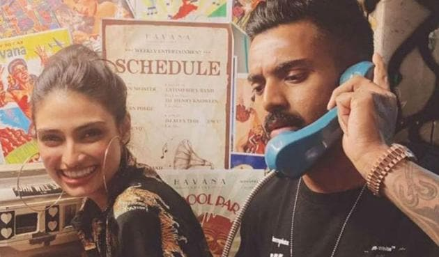 Athiya Shetty and KL Rahul are rumoured to be dating.