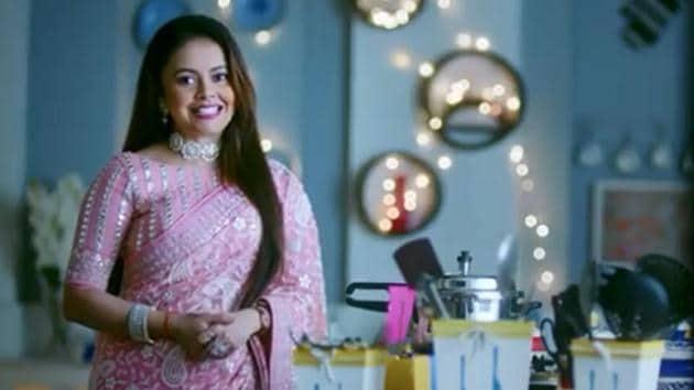 Devoleena Bhattacharjee in a still from Saath Nibhana Saathiya 2 promo.