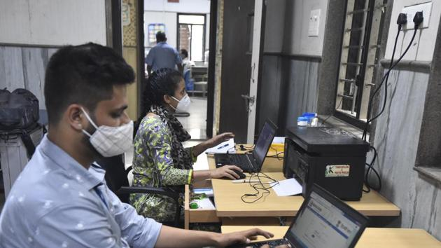 The officers and staff will have to remain available to tend to office work of urgent nature.(Sonu Mehta/HT Photo. Representative image)