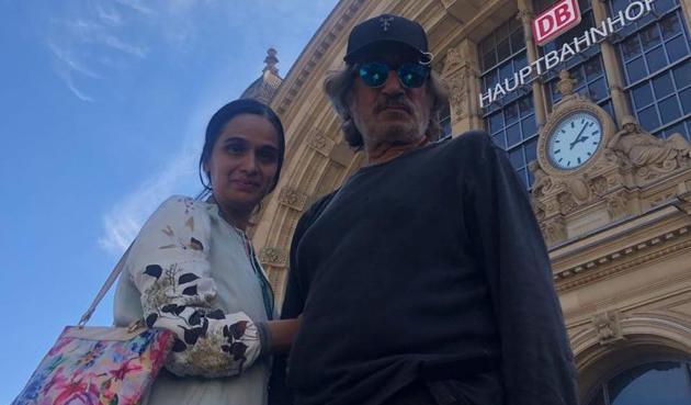 Shakti Kapoor and Shivangi Kolhapure got married in 1982.