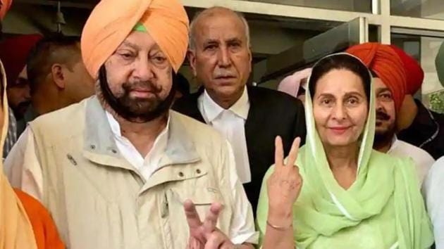 Punjab chief minister Capt Amarinder Singh and his wife Preneet Kaur, who is the Congress MP from Patiala.(HT file photo)