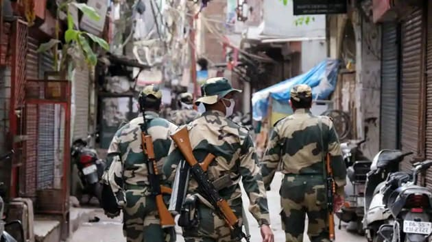 The combined number of accident-related deaths in the Central Armed Police Forces (CAPF), the Assam Rifles and the National Security Guard (NSG) stood at 113 in 2017, 260 in 2016 and 193 in 2015.(Bloomberg)