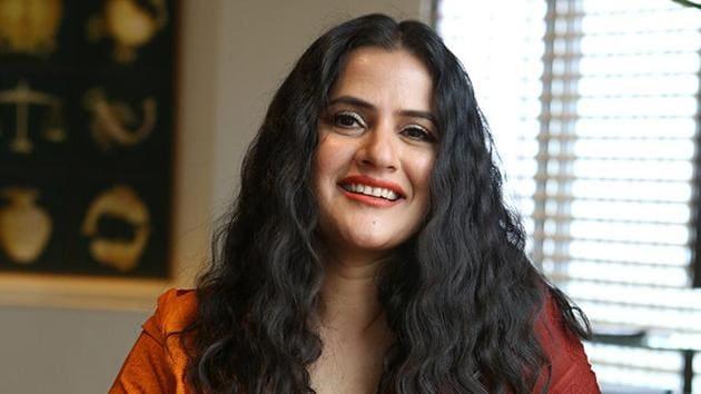 Sona Mohapatra speaks on Kangana Ranaut issue.