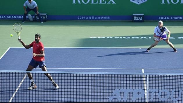 Rohan Bopanna and Denis Shapovalov in action.(Getty Images)
