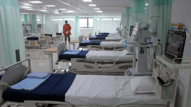 A total of 12 private hospitals located in Pimpri-Chinchwad have paid a cumulative refund of Rs 37, 27,930 to patients(HT PHOTO)