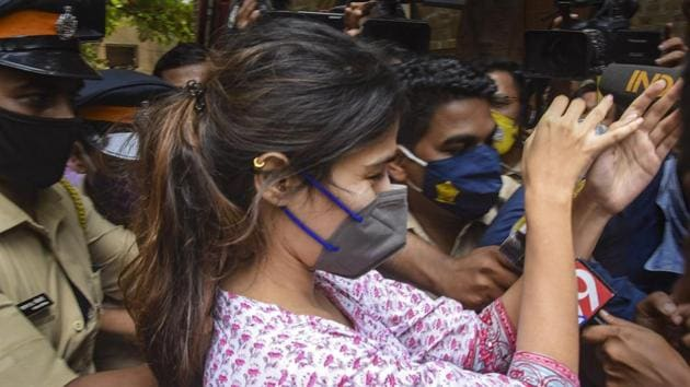 Rhea Chakraborty was mobbed outside NCB office after being summoned for questioning in connection with Sushant Singh Rajput case.(PTI)
