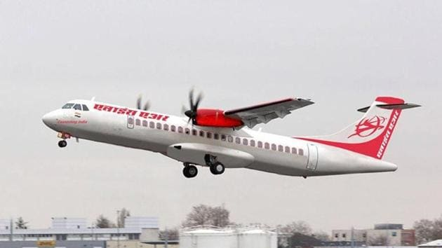 Alliance Air has deployed its 70-seater ATR 72 aircraft on the Chandigarh-Kullu route. The flight will operate on Monday, Tuesday, Thursday and Saturday.(HT file photo)