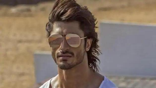 Vidyut Jammwal opened up about his relationship.