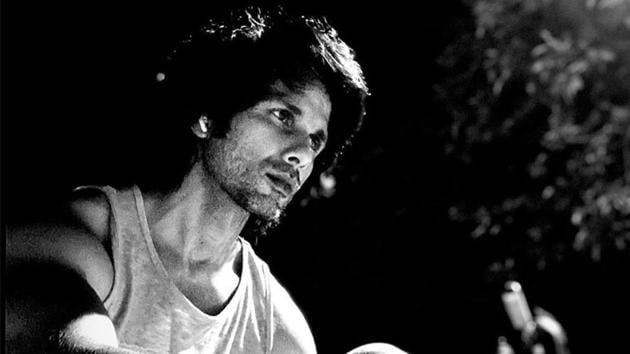 Shahid Kapoor has shared a new picture of himself.