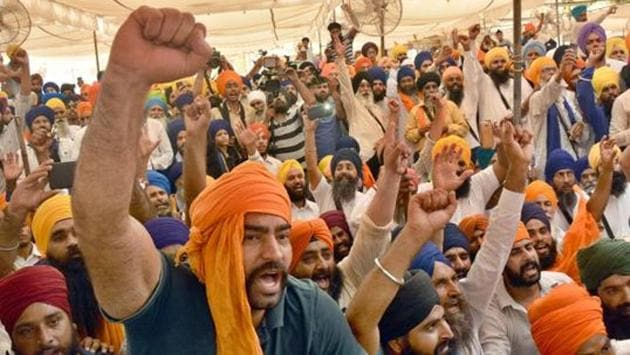 Pro-Khalistan sloganeering during a meeting in Amritsar in 2017. A Canadian think tank report says Khalistan is a fantasy fomented by Pakistan.(HT File photo)