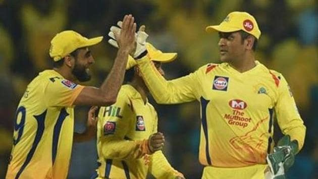 CSK skipper MS Dhoni celebrates his team's victory with teammates in the Indian Premier League 2019 (IPL T20) cricket match between Chennai Super Kings (CSK) and Rajasthan Royals (RR) at MAC Stadium in Chennai, Monday, April 1, 2019.(PTI)
