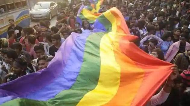 The UP Kinnar Akhada Parishad had demanded for the constitution of the transgender welfare board after the Supreme Court in its order in 2014 recognised transgender as the third gender. (HT Photo)