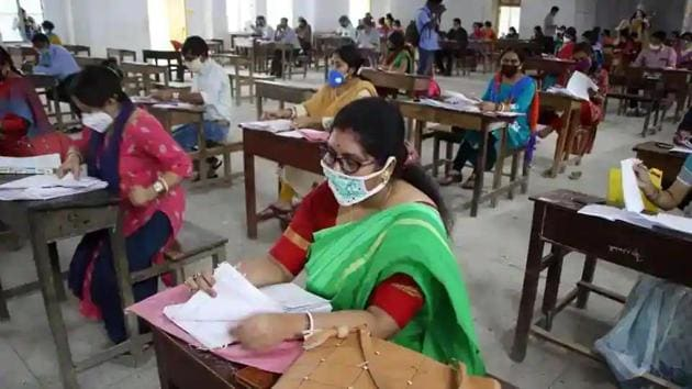 Teachers have also requested the board to increase the rates of paper evaluation considering the costs involved in travelling during the current times.(HT file)