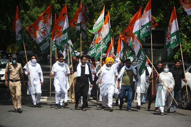 Indian Youth Congress workers had marched towards Parliament during a protest against farm bills on Tuesday as well and were detained.(Amal KS/HTphoto)