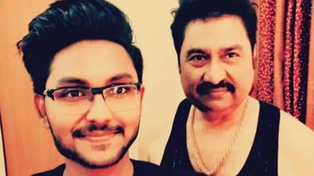 Jaan Kumar Sanu with his father Kumar Sanu.