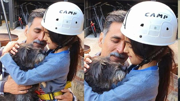 Akshay Kumar with daughter Nitara.