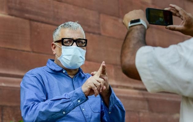 TMC MP Derek O'Brien at Parliament House during the ongoing Monsoon Session in New Delhi on Sunday, Sept. 20, 2020.(PTI)