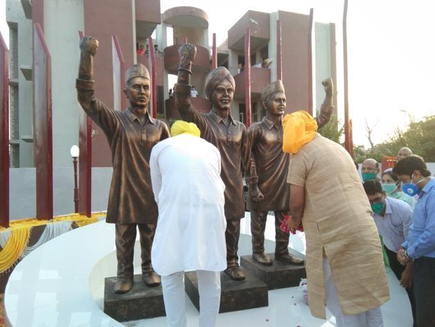 The statues of Bhagat Singh, Rajguru and Sukhdev.(HT Photo)