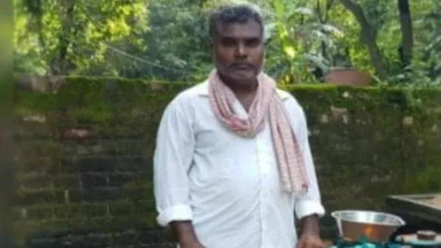 Balika Vadhu director Ram has been forced to sell vegetables.