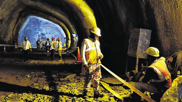 Mutha TBM Tunnel Breakthrough at Civil Court site in Pune, India, on Monday, September 28, 2020.(Rahul Raut/HT PHOTO)