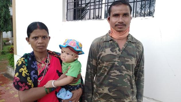 Kadti and his wife Meena are now parents to a child after Kadti's reverse vasectomy was done at a government empanelled hospital.(HT Photo)