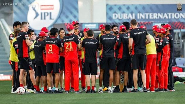 The RCB squad during a practice session.(Twitter/RCB)