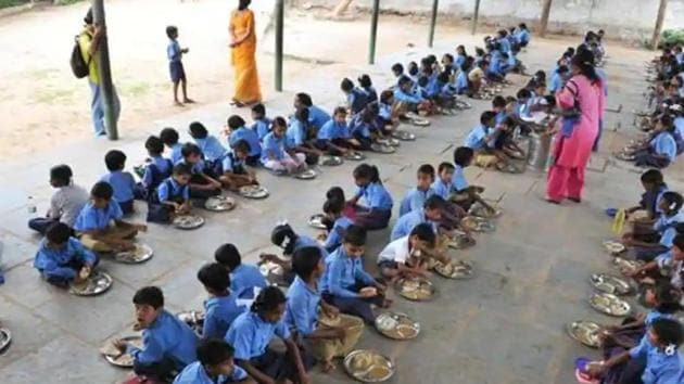 Essential nutritional programmes, such as mid-day meals and the Integrated Child Development Services (ICDS), ground to a halt during the lockdown, the rights body said, increasing risks for already vulnerable communities. (HT File photo)