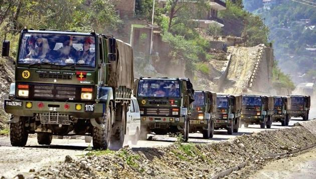 An army convoy carrying military material on its way to Ladakh on September 17.(PTI photo)