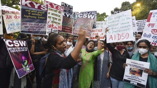 Members of various groups demonstrate against the Hathras incident and crimes against women, at Jantar Mantar, in New Delhi (Photo by Sanjeev Verma/ Hindustan Times)