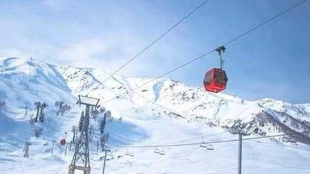Gulmarg Gondola opens for tourists after six months | Hindustan Times