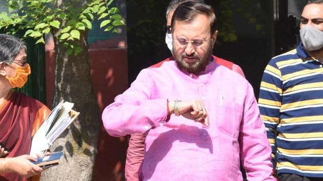 Speaking at an event organised by the RSS newsletter Panchajanya, Javadekar said TRP cannot be an excuse for provocative programmes on television and that is not journalism.(Arvind Yadav/HT PHOTO)