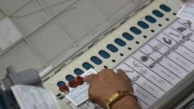 The filing of nomination papers for by-elections to seven assembly seats in Uttar Pradesh will begin on Friday with October 16 being the last date for them.(Sourced)