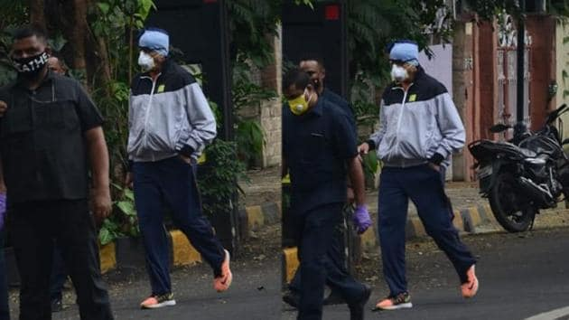 Amitabh Bachchan spotted outside his residence on Sunday.(Varinder Chawla)
