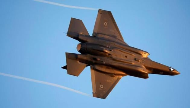 Israeli Air Force F-35 flies during an aerial demonstration at a graduation ceremony for Israeli air force pilots at the Hatzerim air base in southern Israel.(REUTERS)
