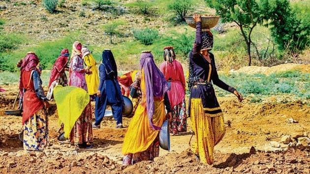 Eight big states including the most populous, Uttar Pradesh, have requested the Centre for more MGNREGS work allocation.(File photo)