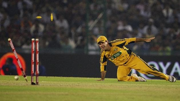 Ricky Ponting scores with a direct hit(Getty Images)