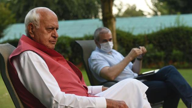 Jammu and Kashmir National Conference leaders Farooq Abdullah and Omar Abdullah during an interview with Hindustan Times in Srinagar, Jammu and Kashmir.(Photo: Waseem Andrabi/ HT)